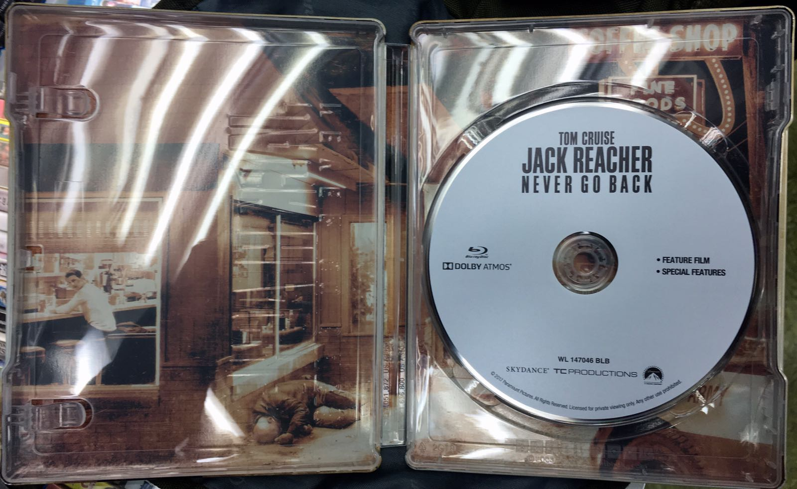 reacher_steelbook3