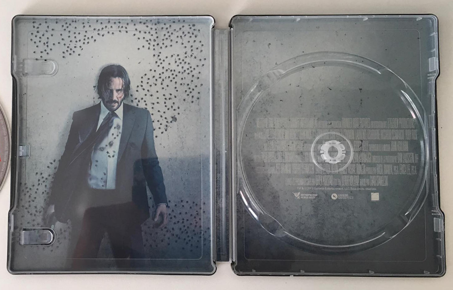 John-Wick-2-steelbook-3