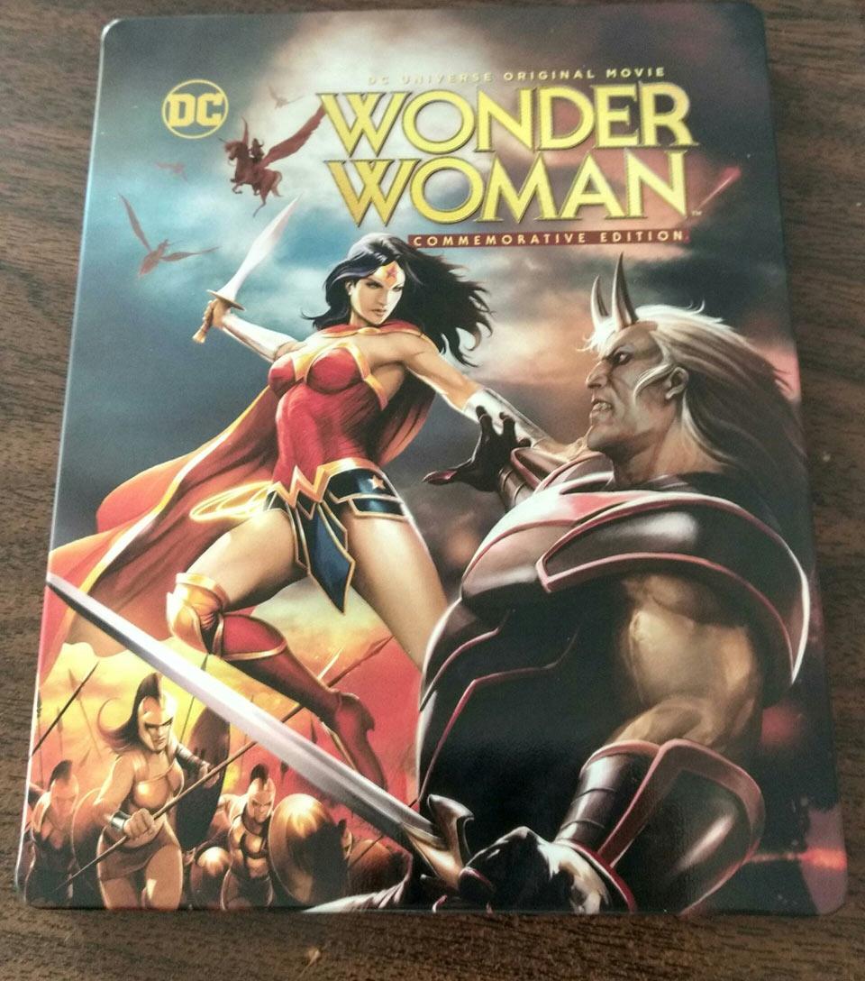 Wonder-Woman-steelbook-1