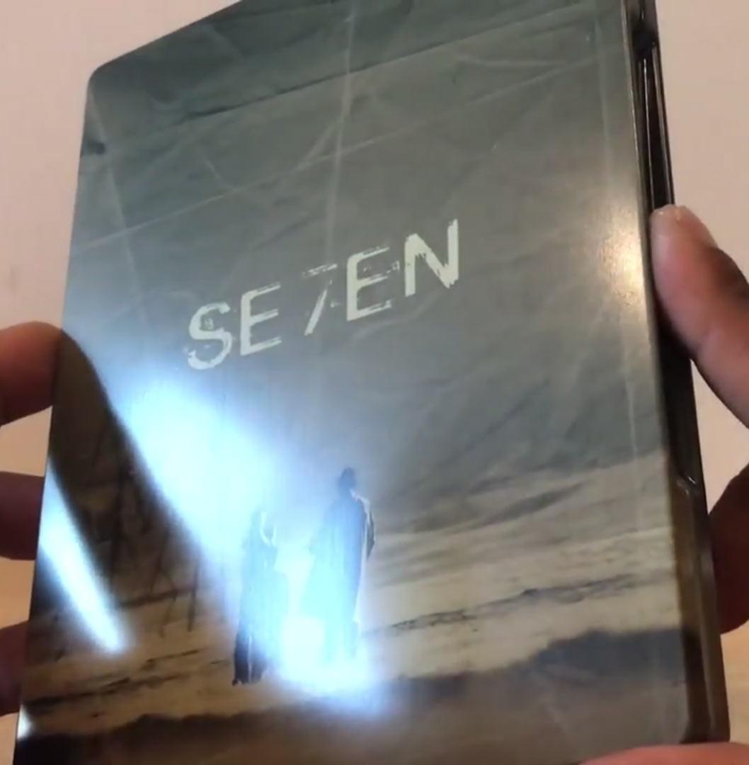 Seven-steelbook-3