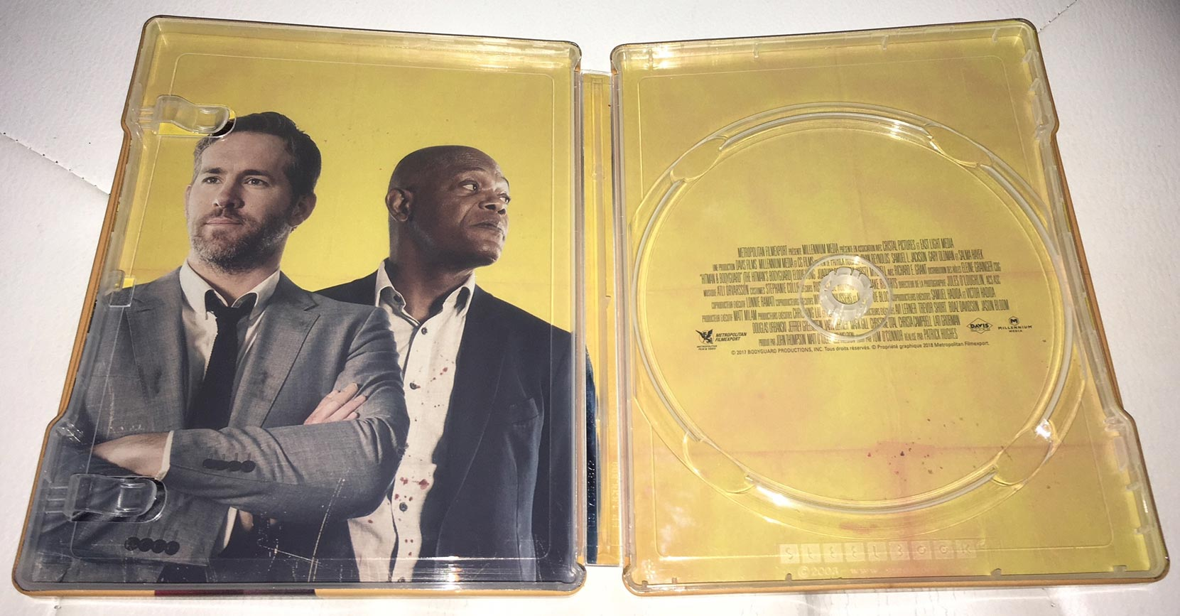 Hitman-&-Bodyguard-steelbook-2
