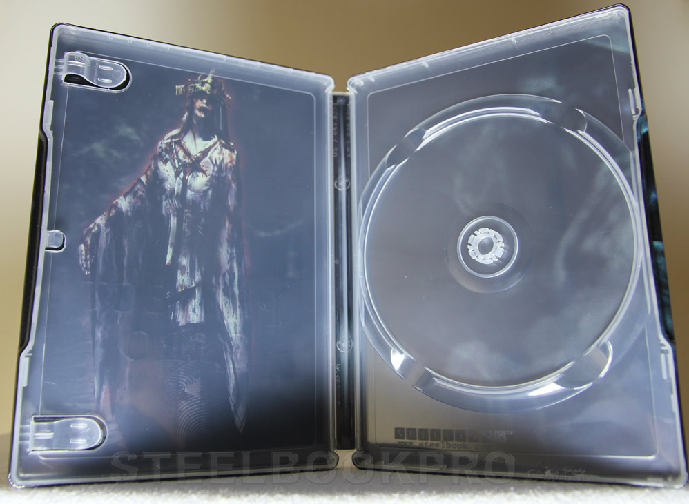 Project-Zero-WiiU-steelbook-3