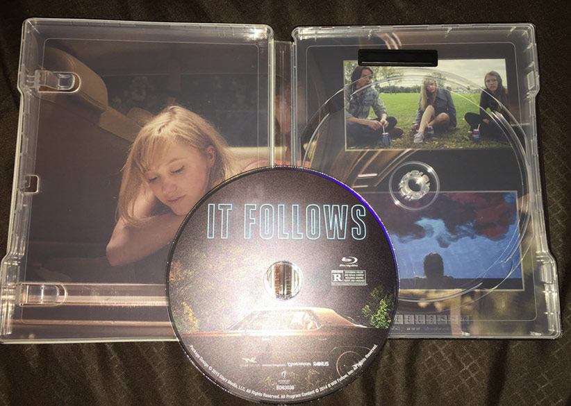 It-Follows-steelbook-us-2
