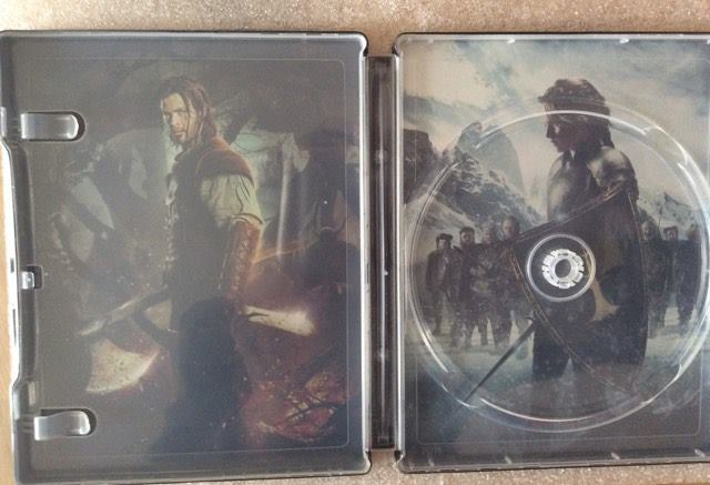 snow-white-huntman-steelbook-3