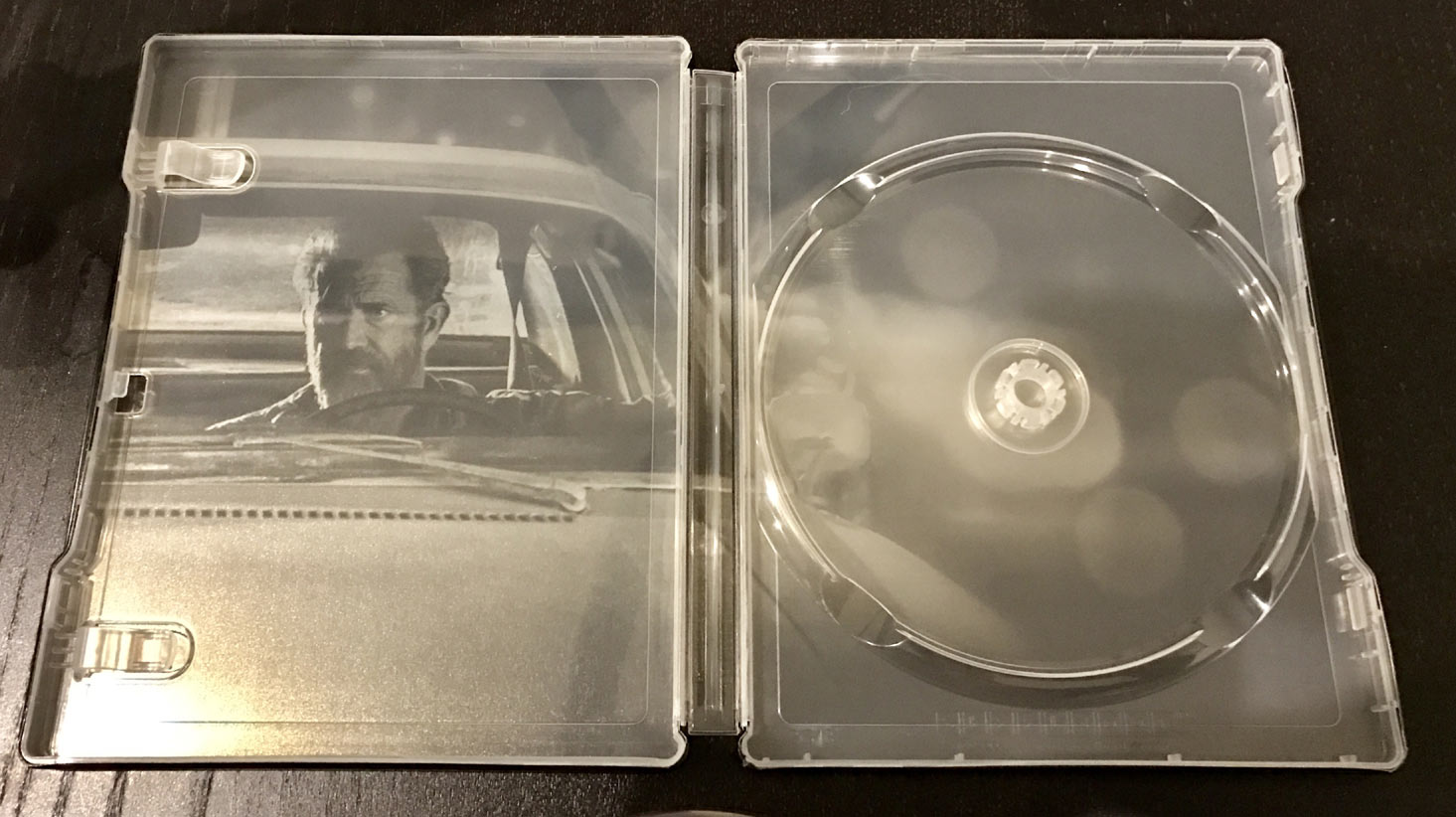 Blood-Father-steelbook-2