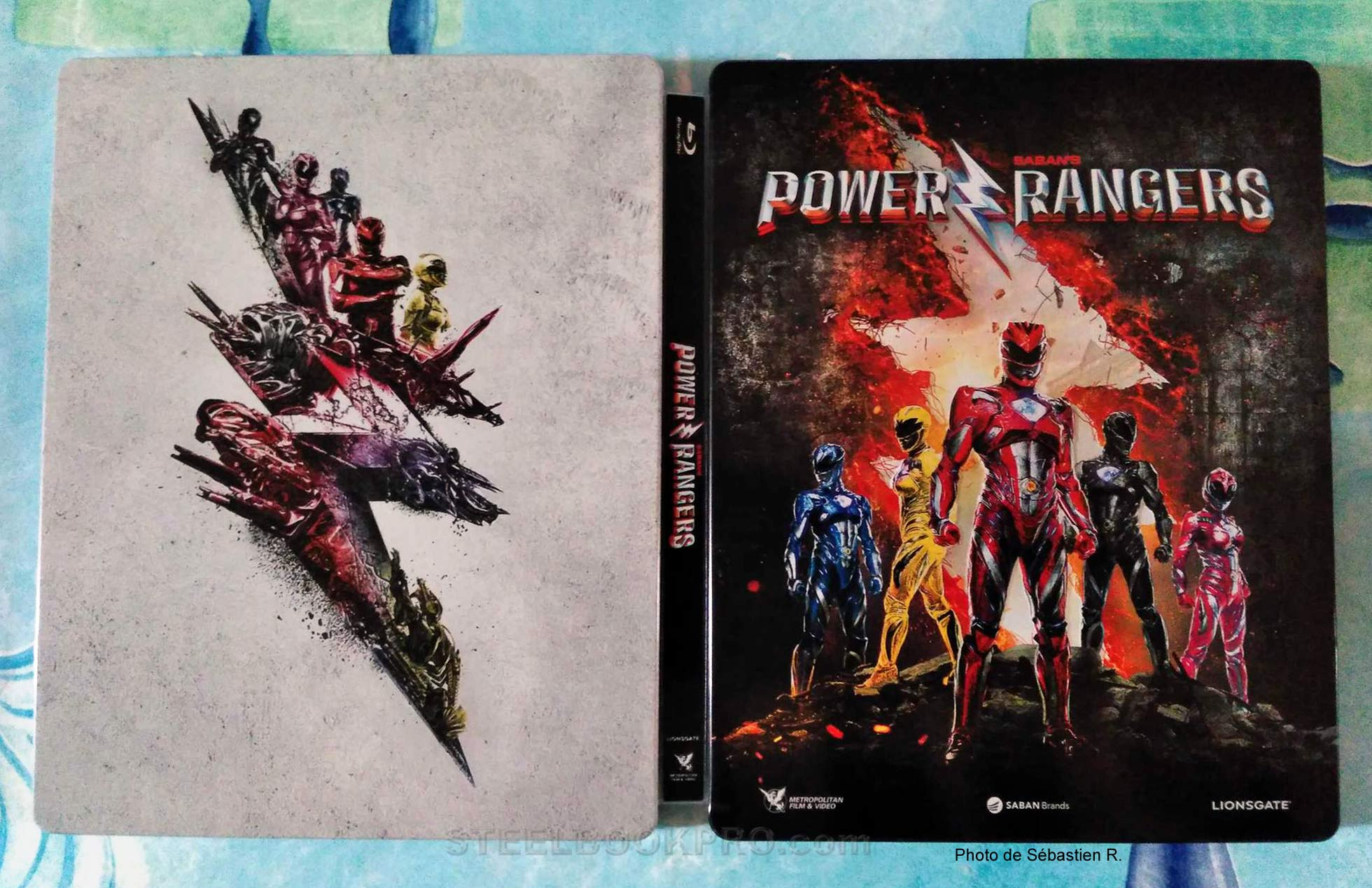 Power-Rangers-steelbook-5