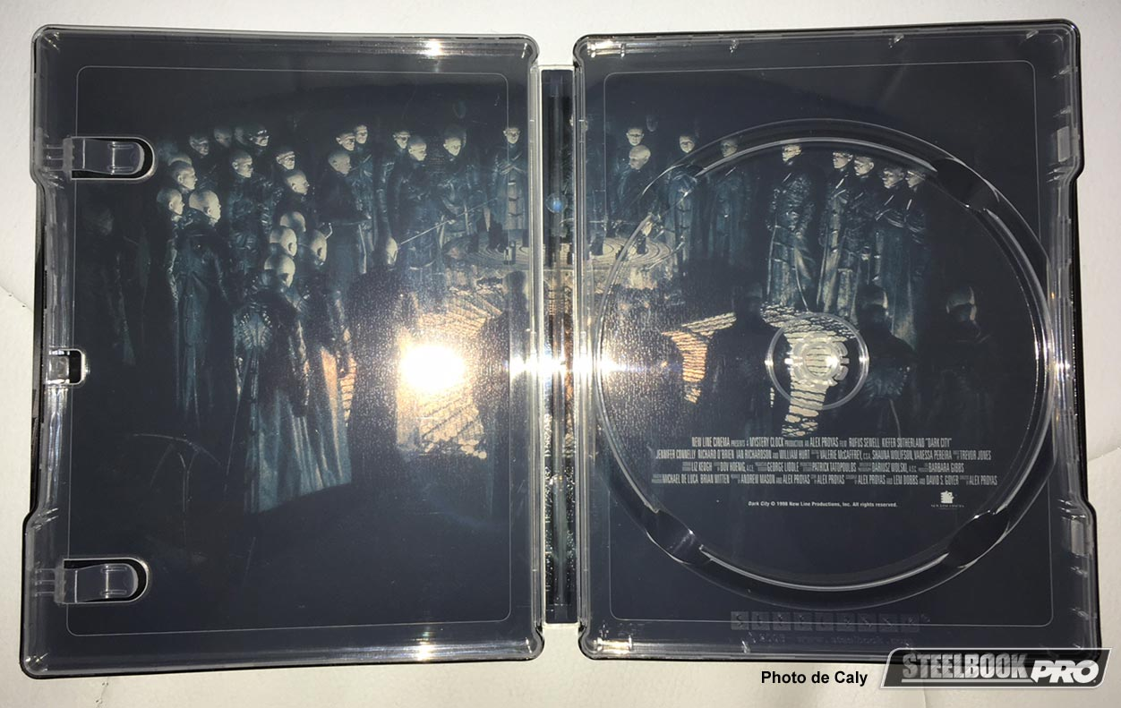 Dark-City-steelbook-3
