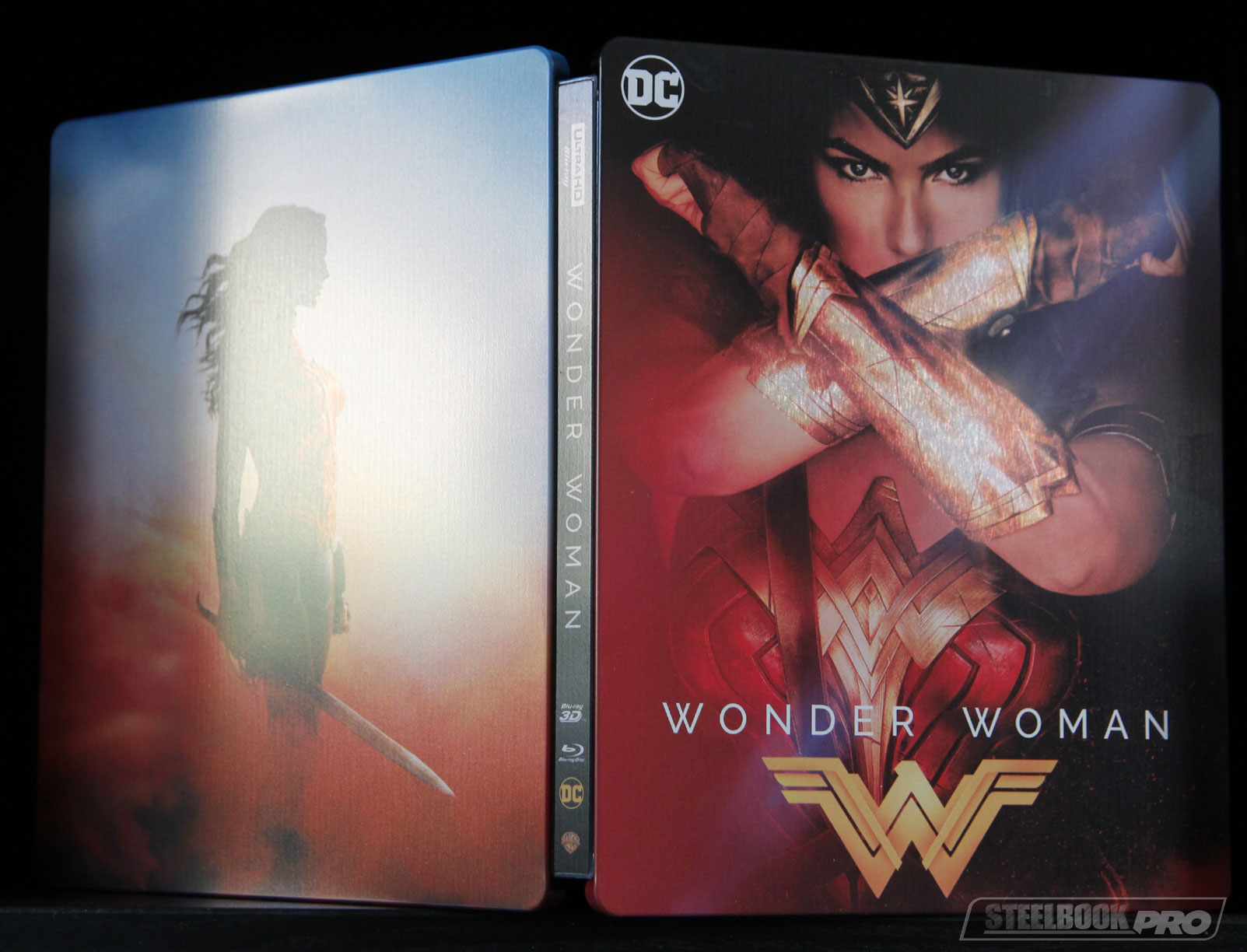 Wonder-Woman-steelbook-fr-2