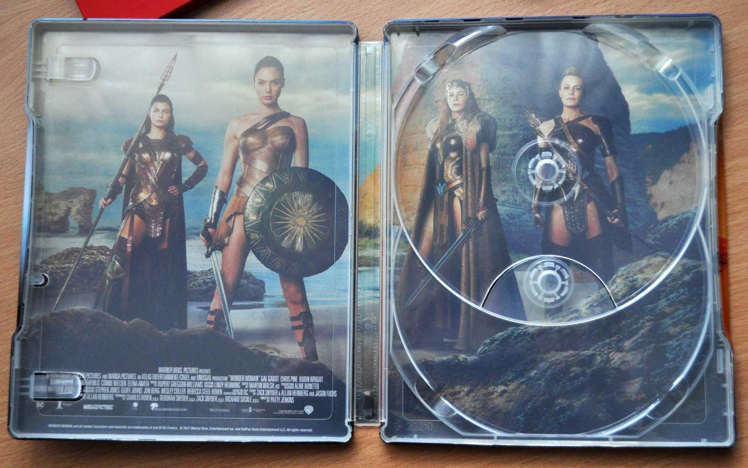 Wonder-Woman-steelbook-hdzeta 10