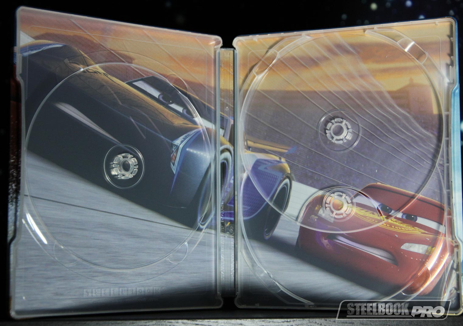 Cars-3-steelbook-zavvi-5