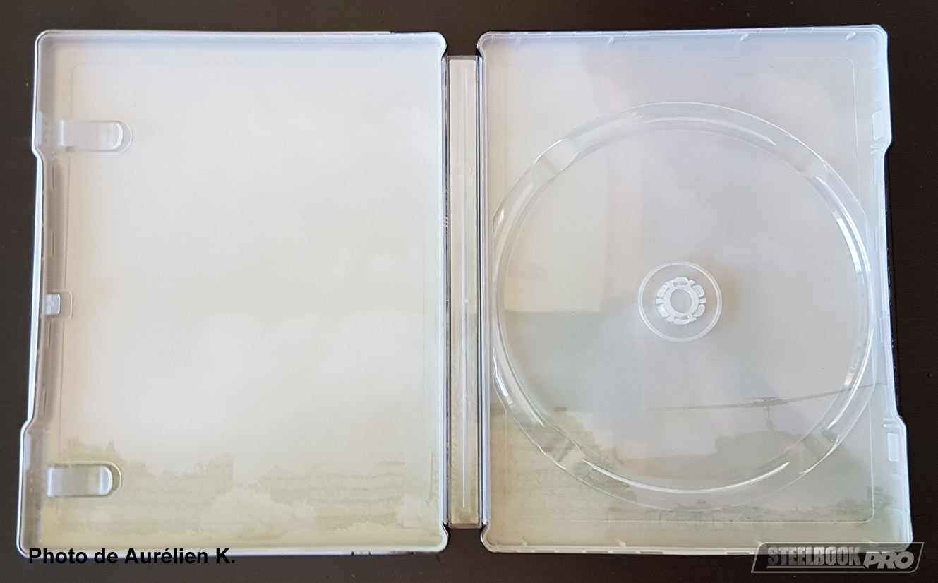 The-Wall-steelbook-4