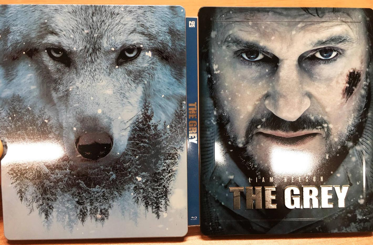 The-Grey-steelbook-novamedi