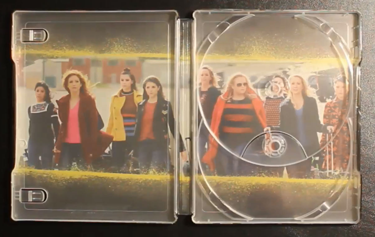 Pitch-Perfect-3-steelbook3